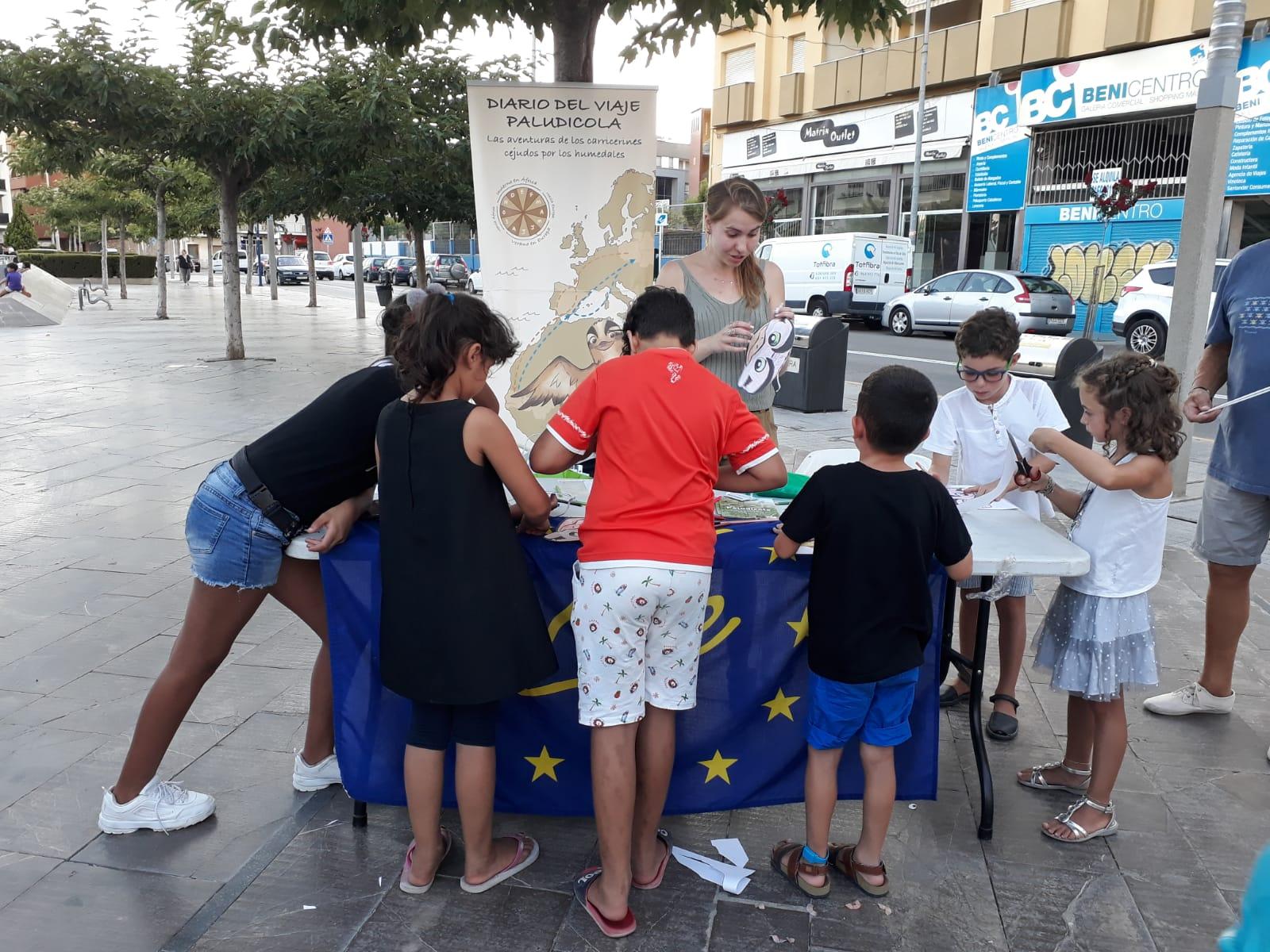 "Feria ""comerç al carrer"" en Benicarló, Castellón."