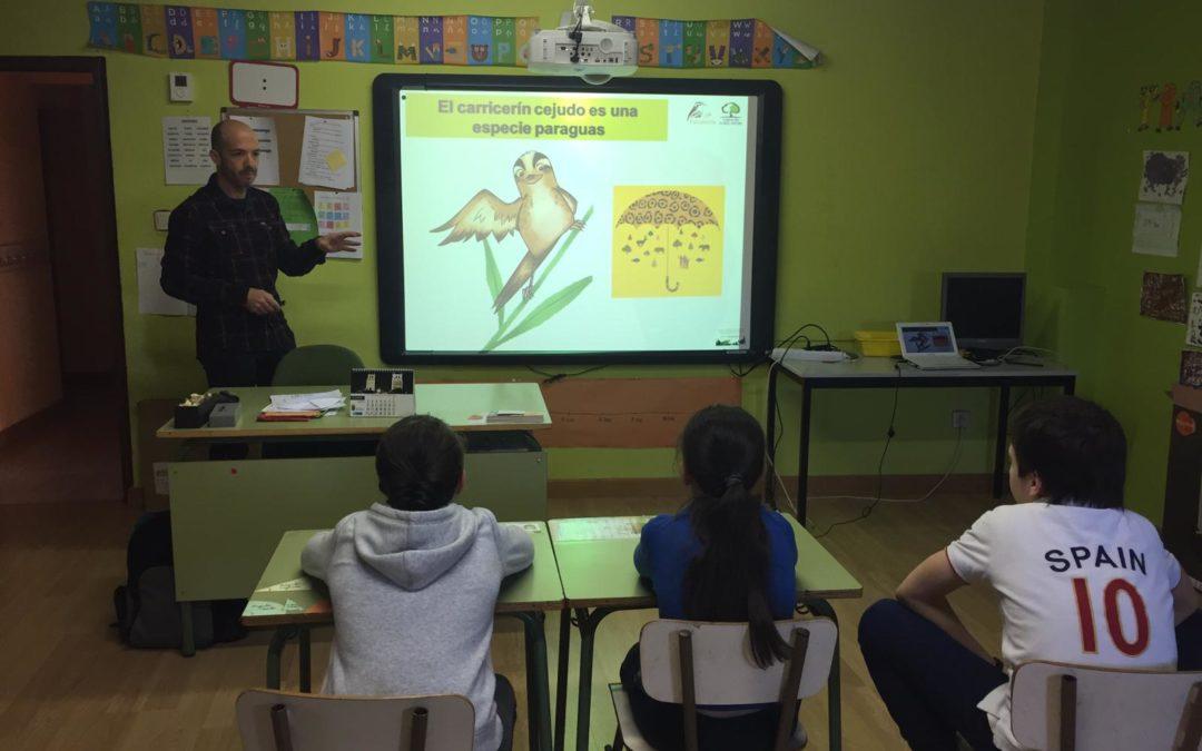 (Español) DE VIAJE POR LOS CENTROS ESCOLARES DE LA ESPAÑA VACIADA